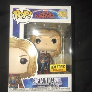 Funko Pop Captain Marvel With Jacket Hot Topic